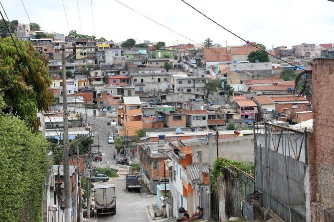 O POVO: 7 em cada 10 famílias de favela já tiveram a renda familiar diminuída pelo coronavírus