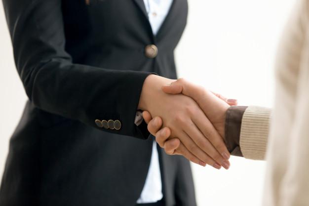 G1: Pandemia aumenta temor de desemprego e adia contratações e promoções de profissionais