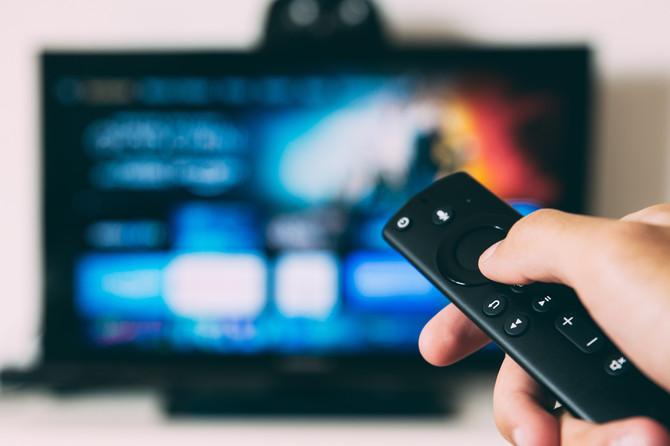 FOLHA DE S. PAULO: TV paga aposta no ao vivo para manter audiência e concorrer com o streaming