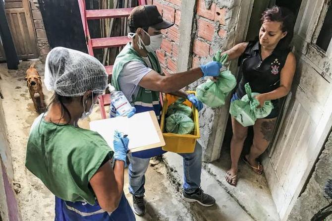 VEJA: Os dramas das comunidades mais pobres do Brasil em meio à pandemia