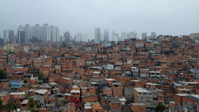BBC: 92% das mães nas favelas dizem que faltará comida após um mês de isolamento, aponta pesquisa