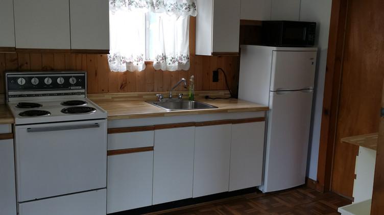 cottage 4 kitchen.jpg