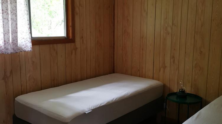 cottage 10 bedroom.jpg