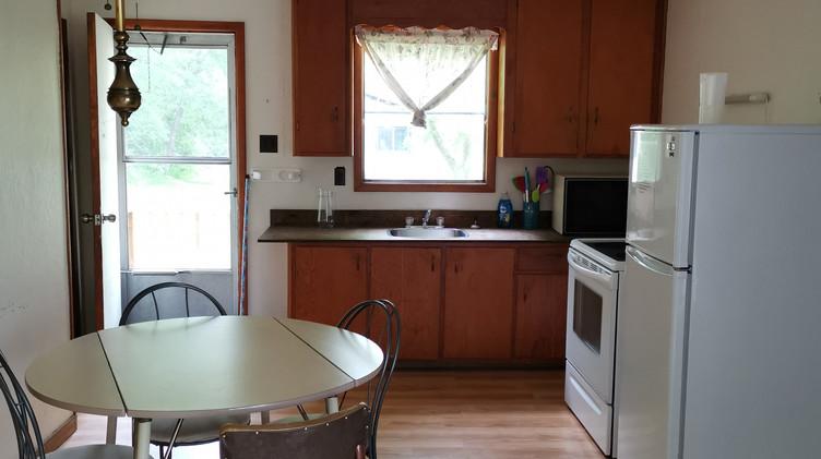cottage 8 kitchen.jpg