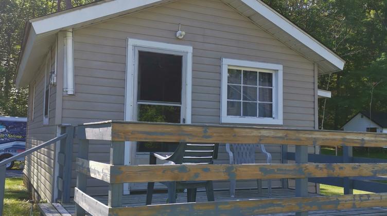 cottage 3 outside