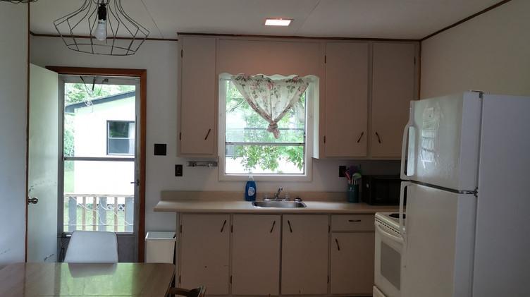 cottage 7 kitchen.jpg