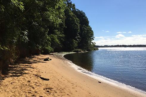 Black_Fish_Cove,_Hartshorne_Woods_Park_-