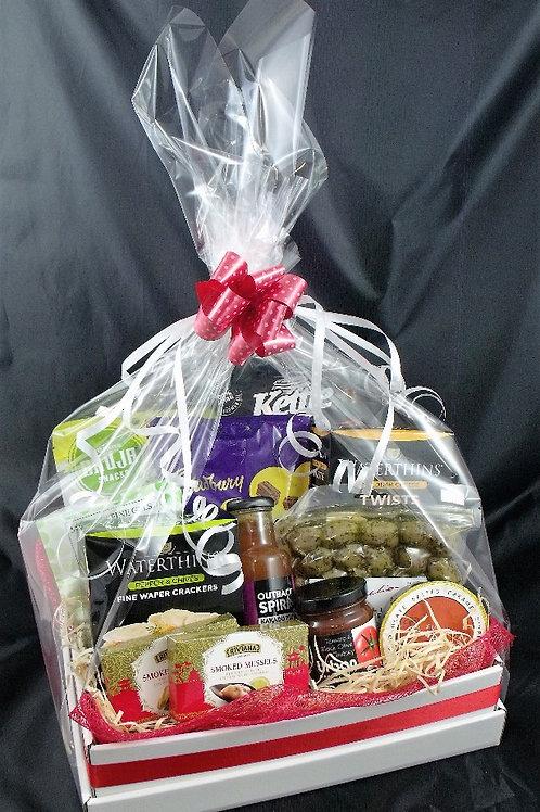 Sweet & Savoury Gift Hamper H002