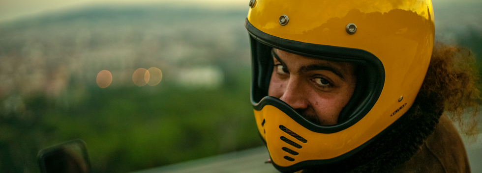 Fernando (SPA) shows us his favorite lookout point in his home town of Barcelona.