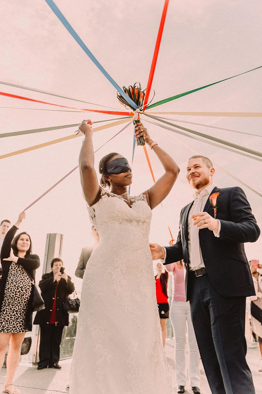 Nendaz tracouet telecabine mariage couple heureux sourire repas amour jeu du ruban