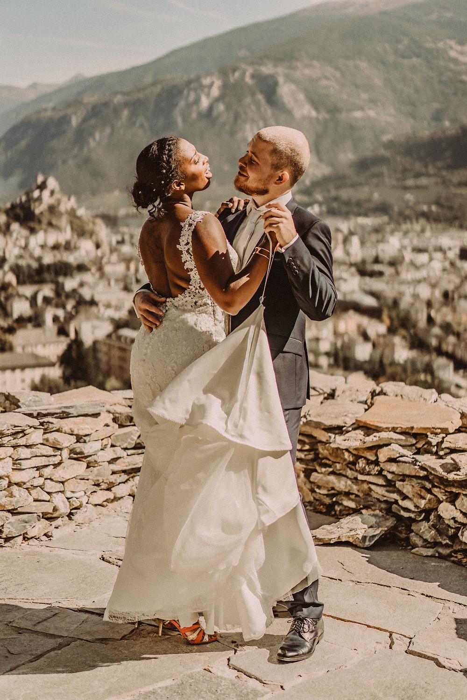 mariage sion bisse premier regard impatience emotion trac amour couple rire danse