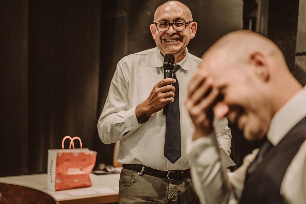 photographe mariage suisse emotion mariee jour J croix-blanche le mouret caleche bretzon  cor des alpes