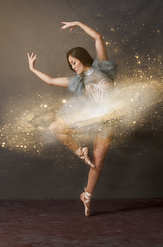 shooting photo fine art inspiré par les tableaux de maîtres clair-obscur,  photoshoot créatif cosmic dancer, danseuse ballet classique galaxie étoiles