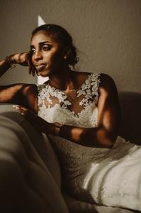 preparation mariage sion photographe suisse mariée emotion lumiere ombre febrile
