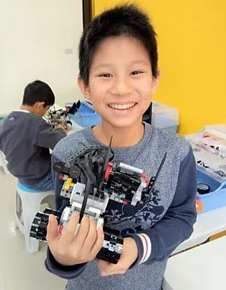 EV3機器人4.jpg