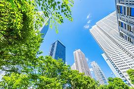 現代科技城市的天空展現寬廣的學習視野與無限可能的美好未來
