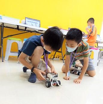 EV3機器人_程式_課程_1.jpg