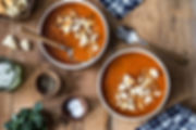 roasted-tomato-soup-with-garlic-croutons