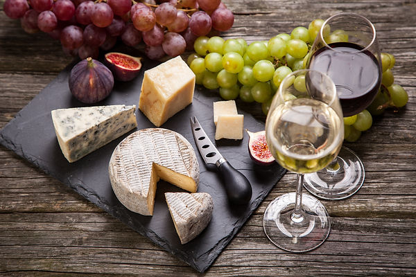 Wine and chees platter
