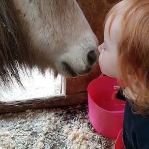 Aoife & bubbles kissing