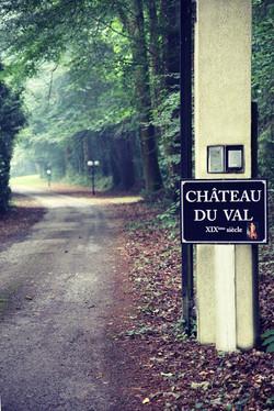 Chateau gate
