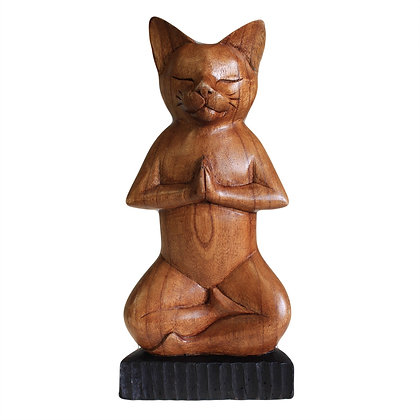 Chat Yoga en bois position lotus