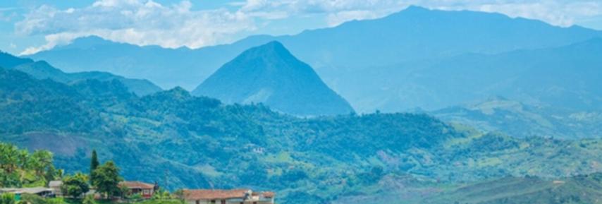 Medellin OUTdoor Adventure: Coffee Farm Excursion