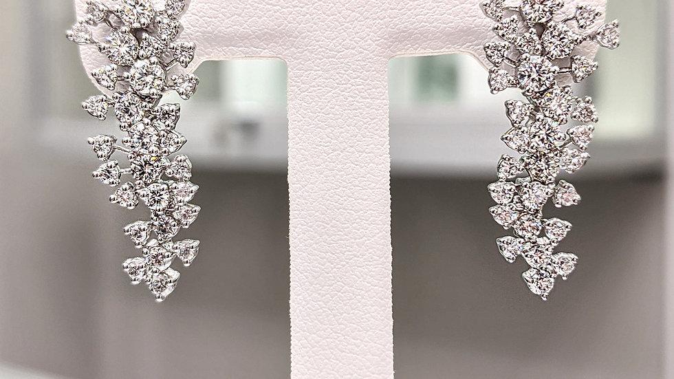 14kt Gold Scattered Diamond Earring