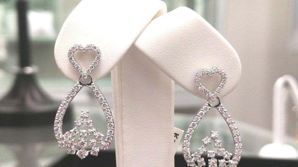Heavenly Sparkles Diamond Earring In White Gold