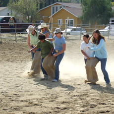 Sack Race2007_0401(004).jfif