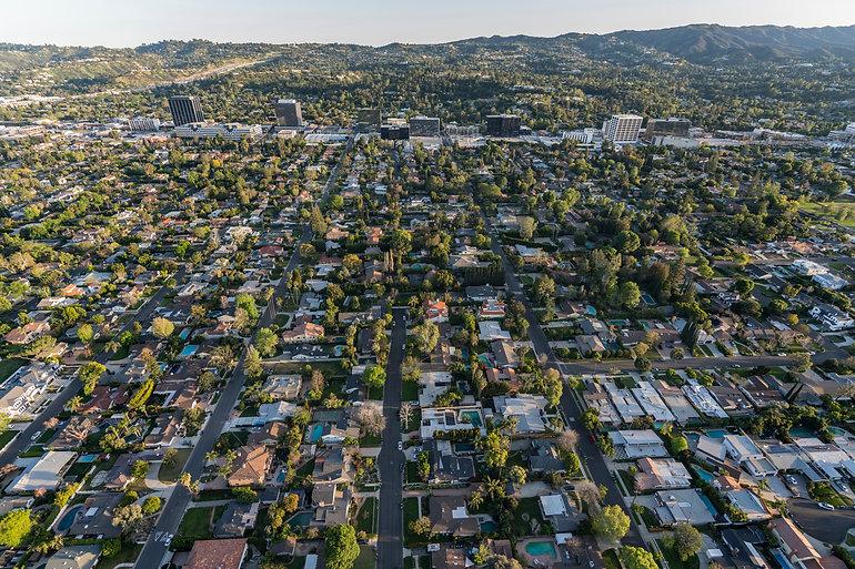 Afternoon aerial view of Sherman Oaks ne