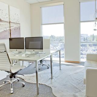 White-Office-011-960x640.jpg