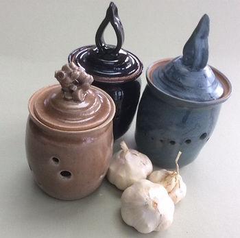 garlic jars2017.jpg