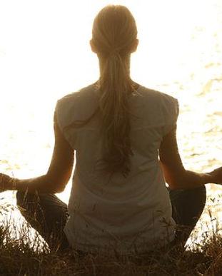 meditate-1851165__340.jpeg