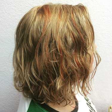 Naturally curly copper lowlights