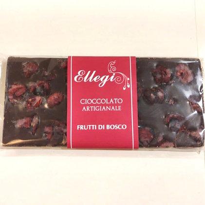 Tavoletta di cioccolato artigianale con frutti di bosco