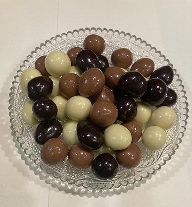 Mandorle e nocciole al di cioccolato  SENZA ZUCCHERI AGGIUNTI