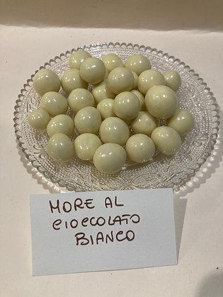 More ricoperte di cioccolato bianco