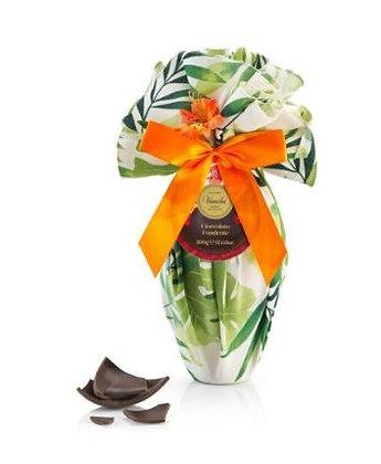 Uovo di cioccolato fondente 500g Venchi in tovaglia