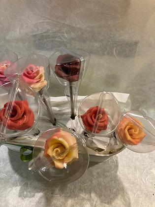 Rosa di cioccolato con stelo