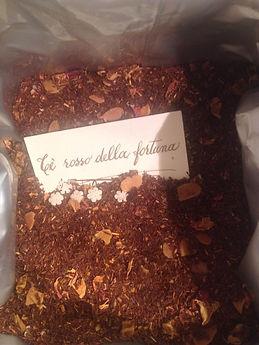 tè rosso sfuso in foglie aromatizzato