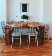 Jídelní stůl masiv