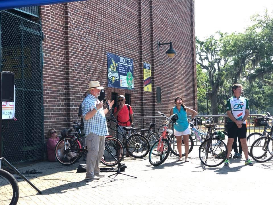 Bill Durrence speaking at a Savannah Bicycle Campaign event