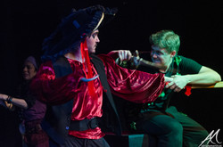 Peter Pan y Garfio