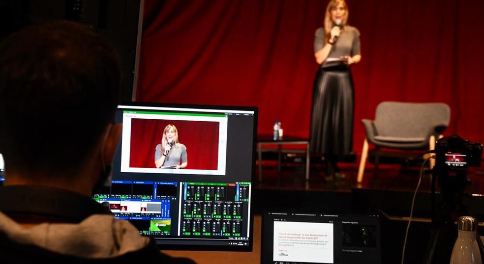 Presentacions streaming sala virtual.jpe