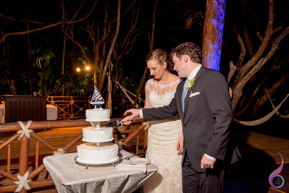 Luxury Wedding, Beach Wedding, Location, Venue, Xcaret Destination, Occidental at Xcaret Destination, First Dance, Cutting Cake