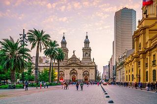 Santiago, Chile_br_Plaza de Armas Viking