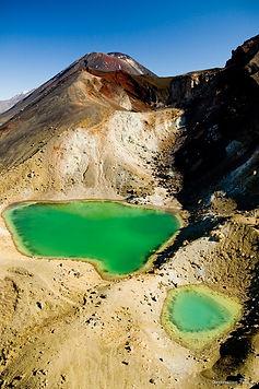 Emerald-Lakes-Tongariro-Alpine-Crossing-