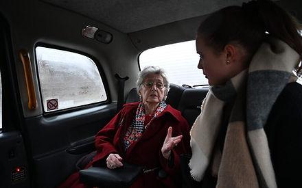 02-04-20-anna-bando-taxi-e1580892982211-