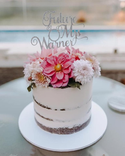 Engagement Cake Design 5